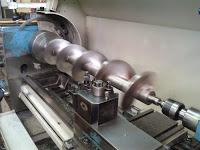 Máquina aplicación margarina mecánizado eje sinfin en toda su longitud